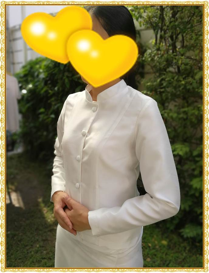 รูปภาพชุดไทยจิตรลดาสีขาวของจริงจากลูกค้า