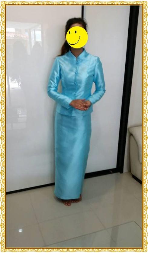 รีวิว-ชุดไทยจิตรลดาสีฟ้าอ่อน-2