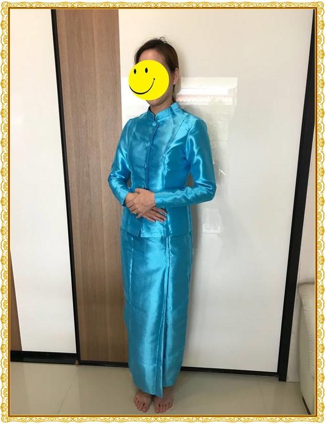 รีวิว-ชุดไทยจิตรลดาสีฟ้าเข้ม-1